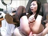 Shemale japonesa novinha masturbando o anus